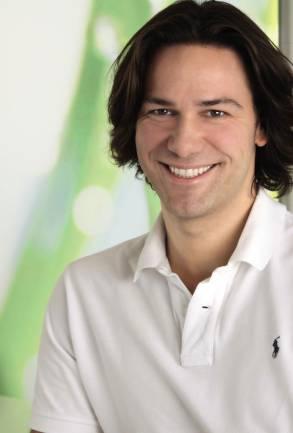 Zahnarzt Dr. Aik Schultze aus Netphen