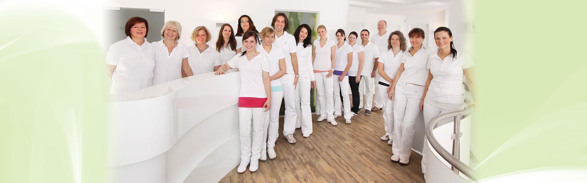 Teamfoto von Zahnarzt Siegen