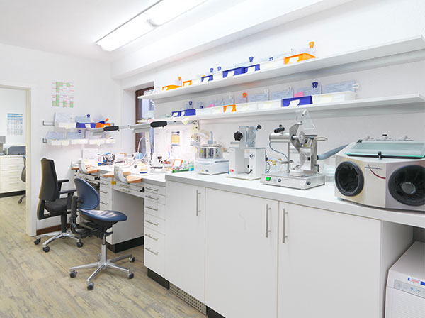 Zahntechnisches Labor Schultze-Gläsner für Siegen und Netphen