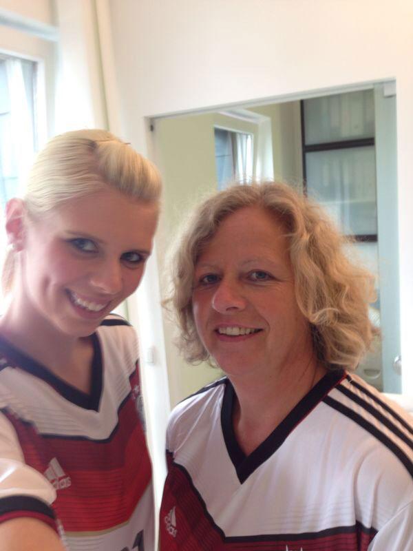 Nahaufnahme WM Foto Mitarbeiter Zahnarzt Siegen