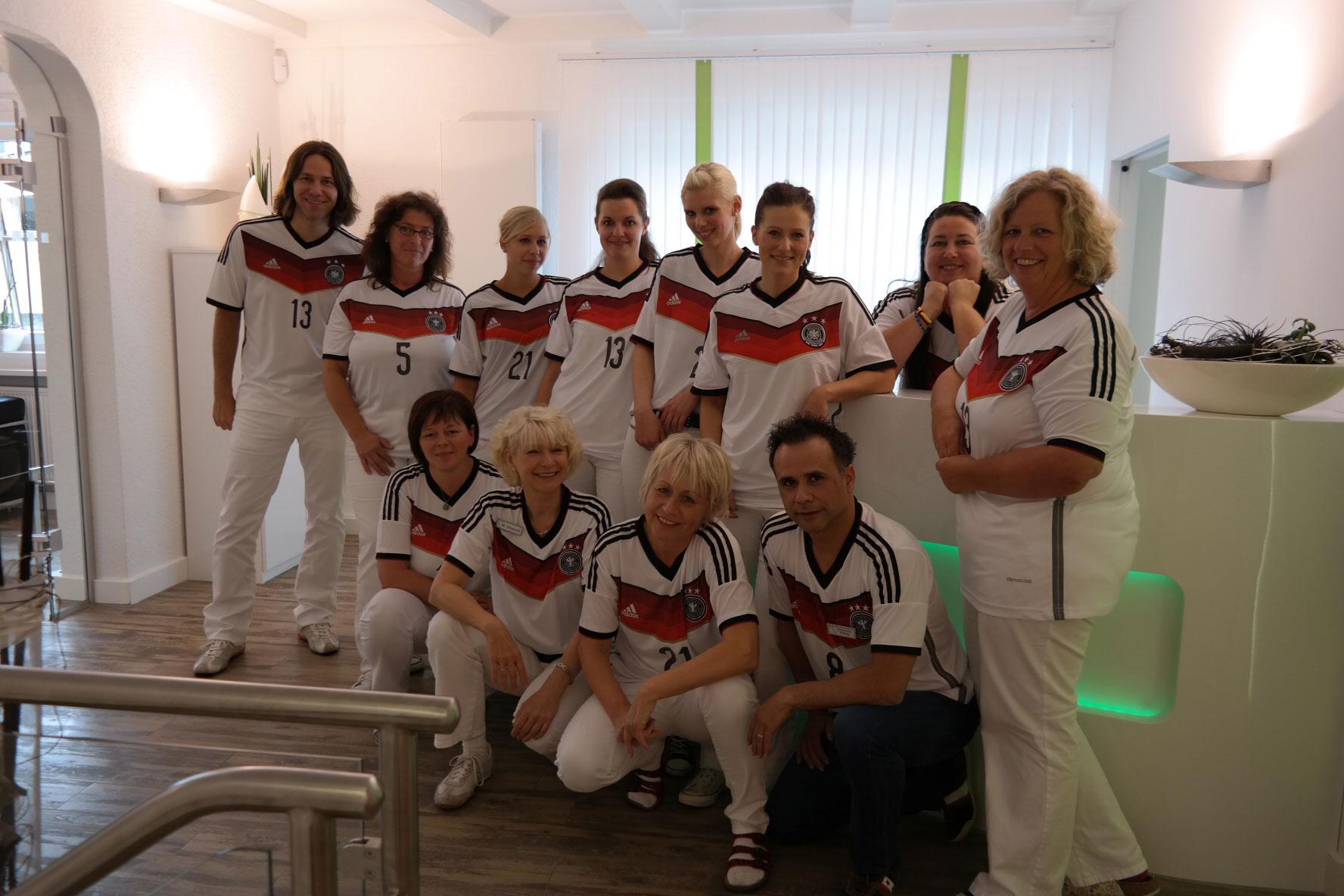 Teamfoto von Zahnarzt Siegen zur WM